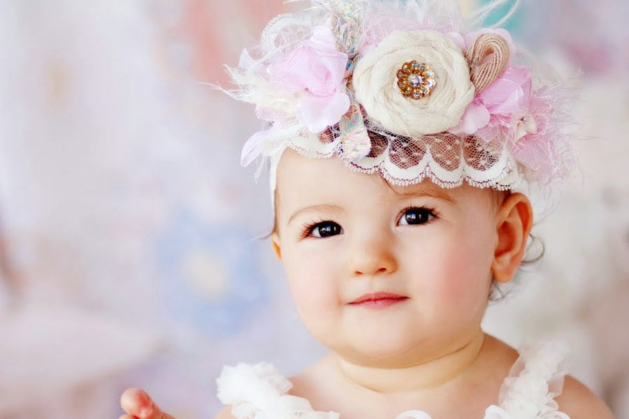 Đặt tên con gái hay và ý nghĩa để bé nhận được nhiều may mắn, hạnh phúc