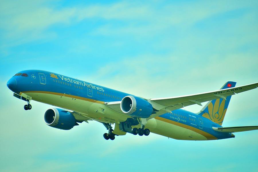 Mơ thấy đi máy bay: Điềm báo gì sắp đến với bạn và những con số liên quan là gì?